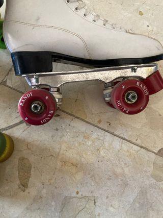 Roller skates vintage