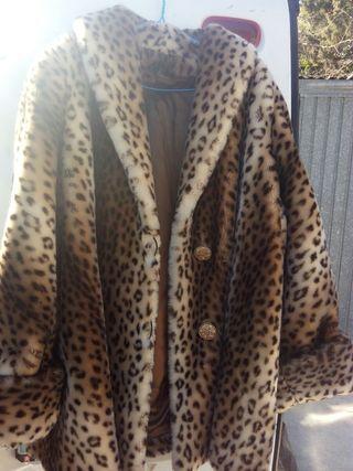vendo abrigo de leopardo. talla 44