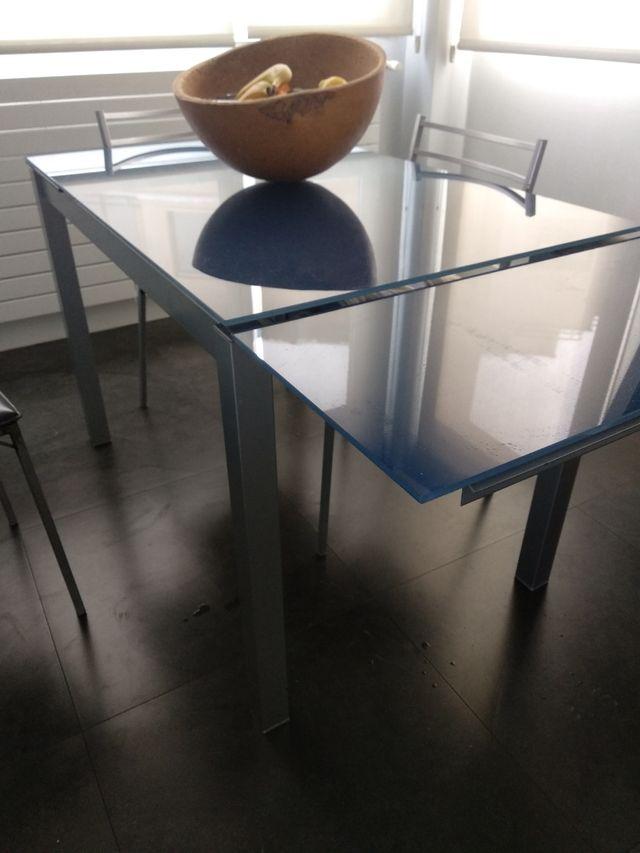 Mesa cocina con cinco sillas
