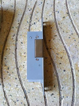 cerradura de portero electrónico 24v
