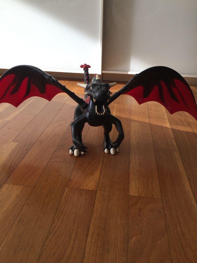 Dragón articulado
