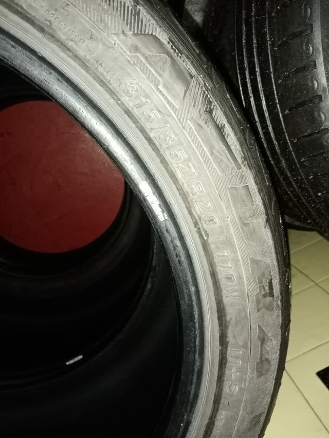 ruedas o neumaticos