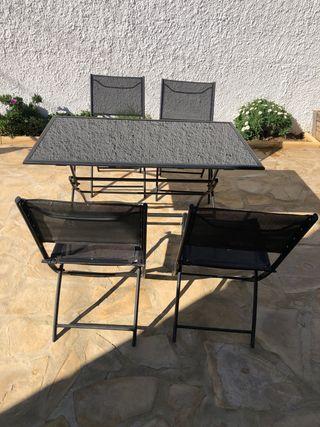Conjunto mesa y 4 sillas jardín o terraza
