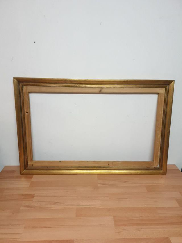 Marco para cuadro 109x70 cm