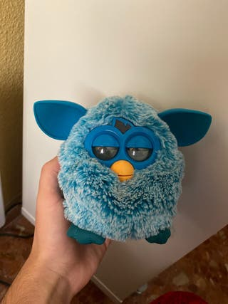 Furby color azul