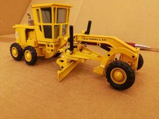 excavadora camión miniatura joal Caterpillar