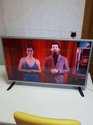 "TELEVISOR SMART TV LG HD 32"" 3,HDMI 3,USB"