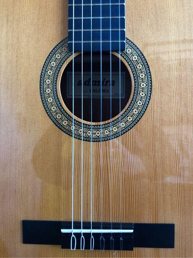 Guitarra española / Admira