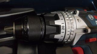 Taladro percutor y radial BOSCH 18V