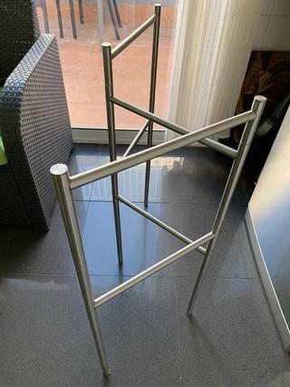 Toallero de metal