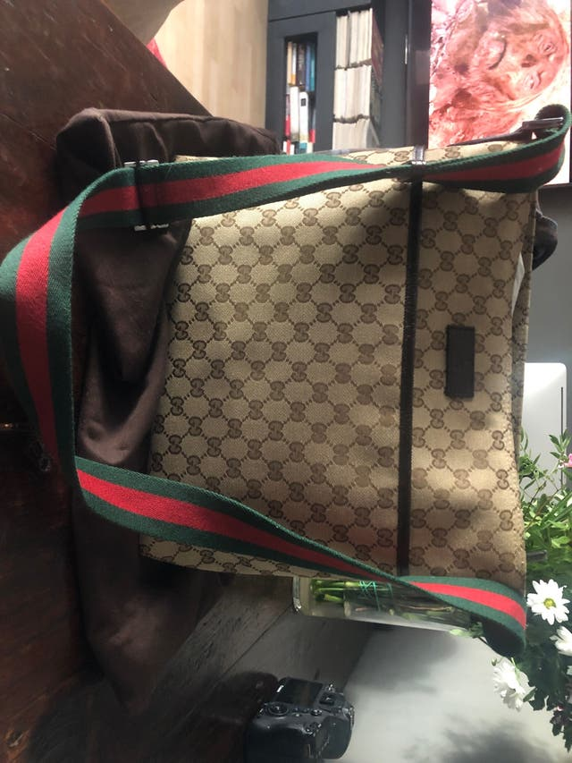 Bolso gucci en perfecto estado