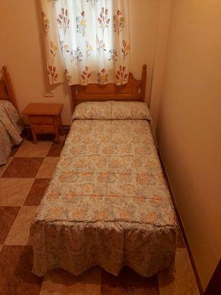 2 camas y meditación de noche