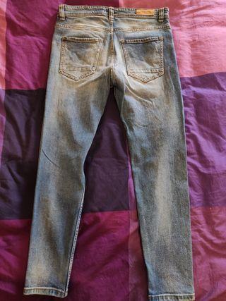 Pantalón vaquero hombre pull&Bear