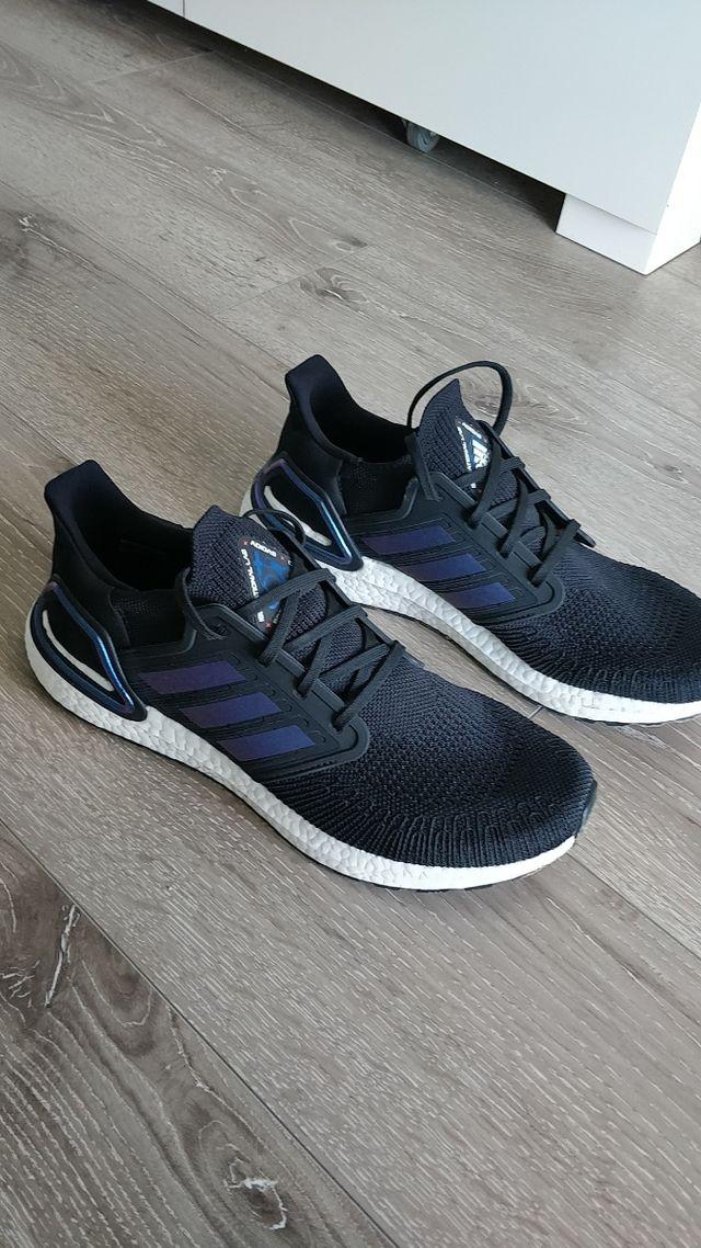 Adidas UltraBoost 20 talla 44 ES 45 1/3 EU