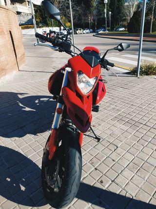 Ducati Hypermotard 796 limitada A2