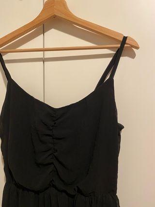 Vestido negro nuevo
