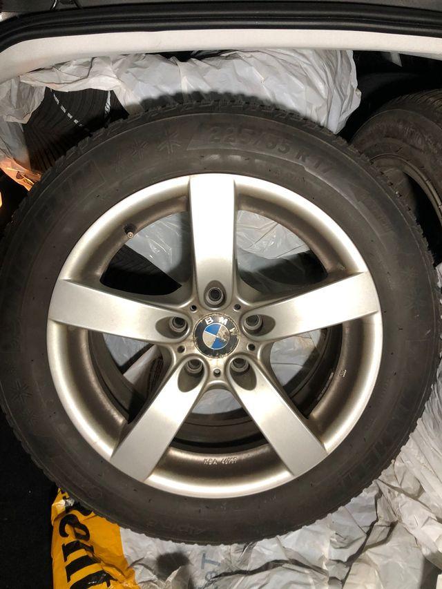 4 llantas con neumático invierno