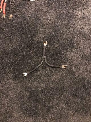 Jumpers para altavoces (bi-wire / tri-wire)