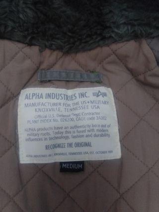 Abrigo N3B Alpha Industries.