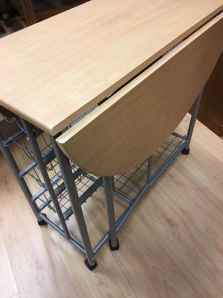 Mesa cocina con 2 sillas pegables