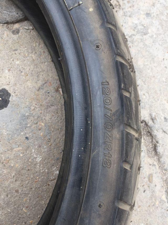 Neumático Bridgestone 120