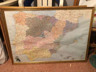 Mapa con marco españa y mundo
