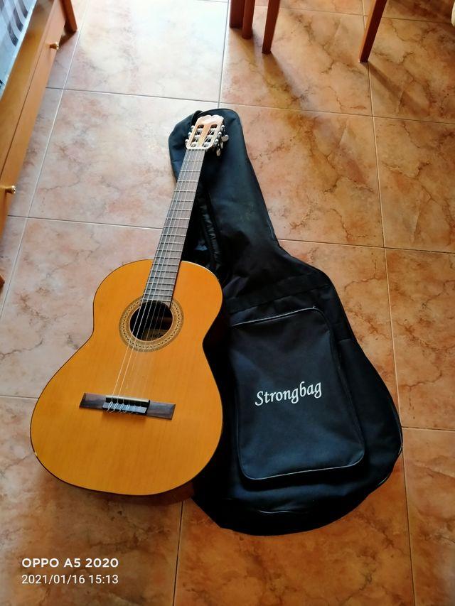 guitarra española modelo admira paloma