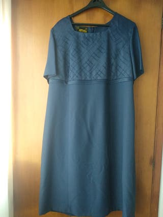 Conjunto de vestido y abrigo
