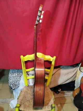 Guitarra Suspiro (valencia)