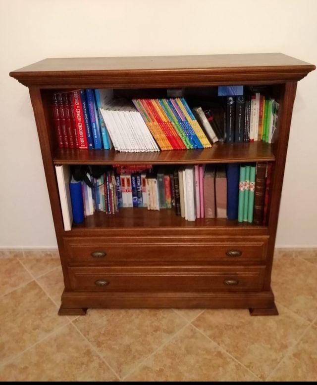 librería pino 120x110