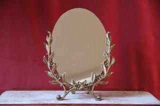 Espejo de mesa o tocador antiguo