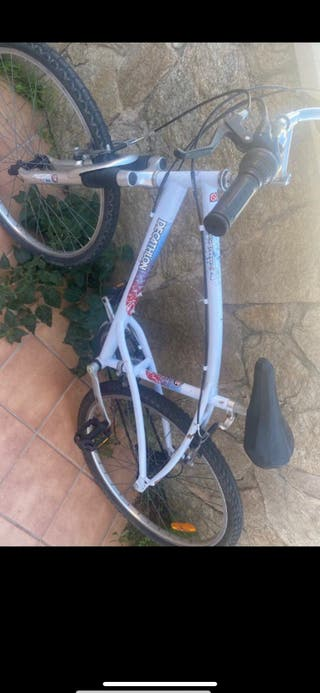"Bicicleta de 26"" semi nueva"