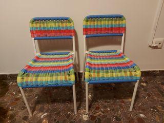 dos sillitas nenes