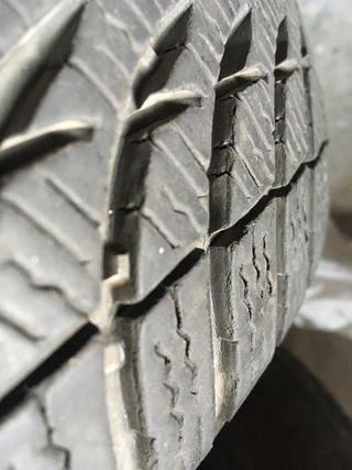 Neumático 195 60 15 Michelin neumatico invierno.
