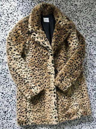 Abrigo pelo leopardo