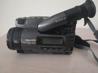 Videocámara Sony Hi8 Handycam + Complementos 1992
