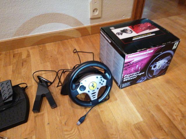 Volante y pedales Ferrari PS3