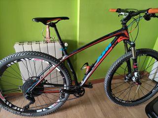 bicicleta MTB,KTM aera de carbono 29er