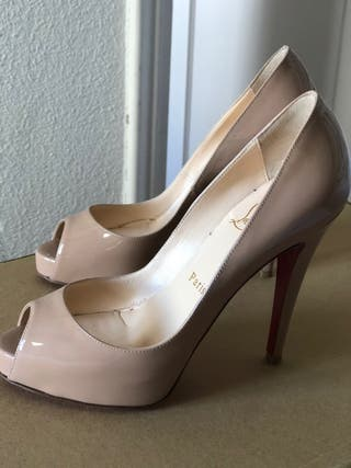 Zapatos Christian Louboutin nude T36,5