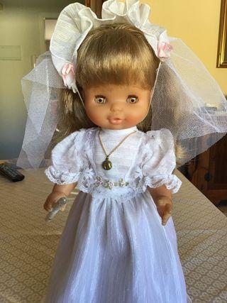 Muñeca Famosa.