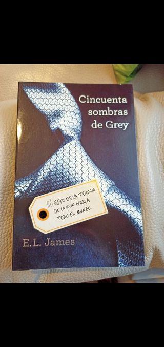 """Trilojia """"Cincuenta sombras de Grey"""""""