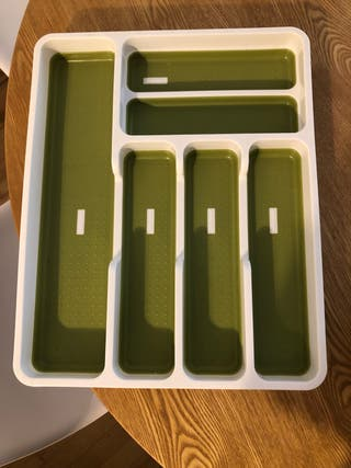 Cutlery separator