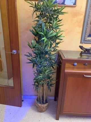 Planta Bambú artificial 180 cm más cesta mimbre