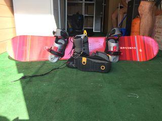 Tabla snowboard 157cm + fijaciones +botas + funda