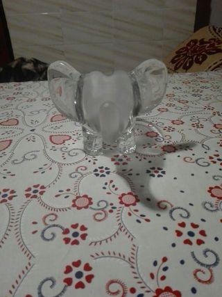 cenicero de elefante de cristal