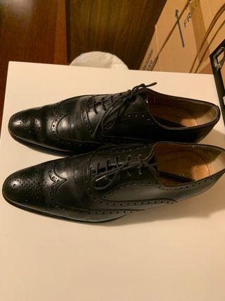 Zapatos negros vestir Scalpers