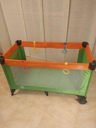 Parque infantil/cuna plegable (sin colchón)