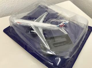 Precioso avión Boeing 777 BRITISH AIRWAYS 1:460