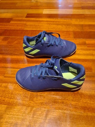 botas fútbol azul 31