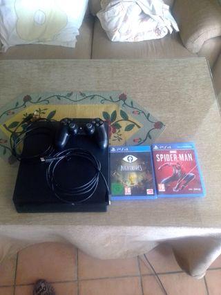 consola PS4+mando+3 juegos. véanse las dos fotos